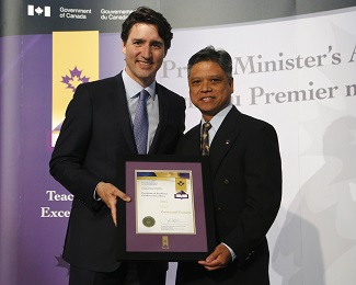 Emmanuel%20Escueta%20Prime%20Minister%27s%20Award%20for%20teaching%20excellence%20(1).jpg