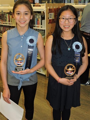 Science Expo 2017 Kate Zraly and Madeleine Quong-Lee web.jpg