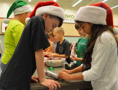 Aspenwood Christmas Crackers for Seniors