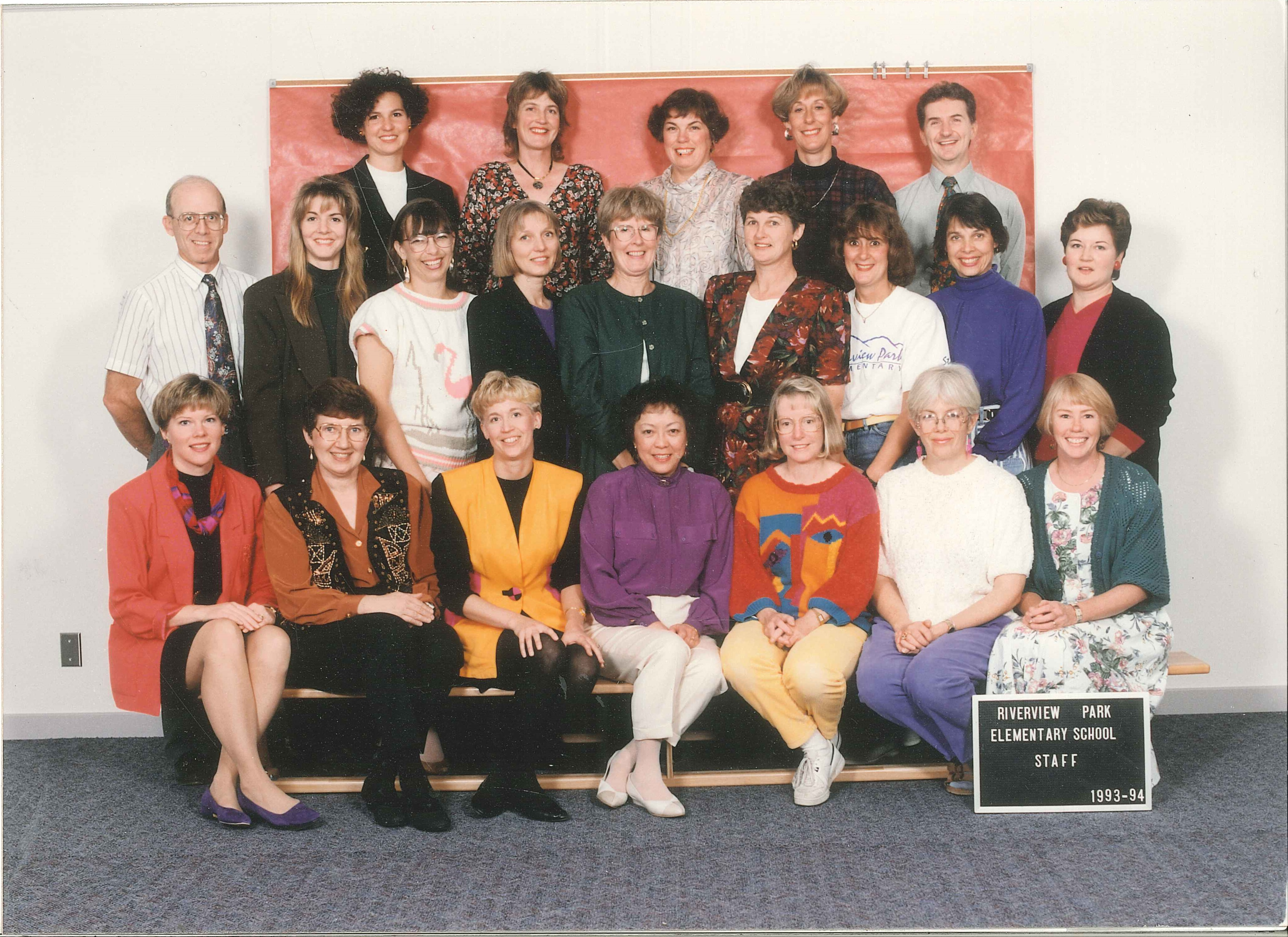 previous staff photo riverview park elementary.jpg